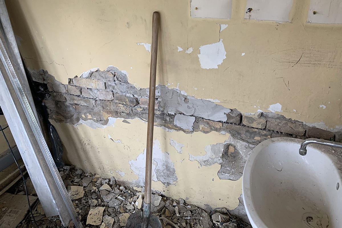 Középület felújítás referencia munka